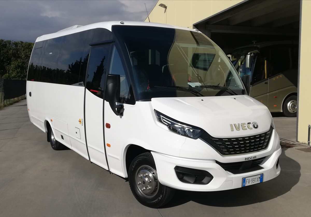 NEW Iveco WING 28 posti
